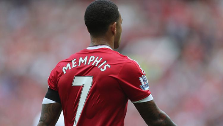 Jersey bernomor punggung tujuh Manchester United. Copyright: © Istimewa